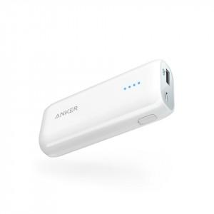 بطارية متنقلة بسعة 6700 ملي أمبير من ماركة أنكر Anker تناسب جميع الأجهزة للشحن من منفذ يو اس بي وقوة تصل إلى 2400 ملي امبير لشحن هاتفك - ابيض
